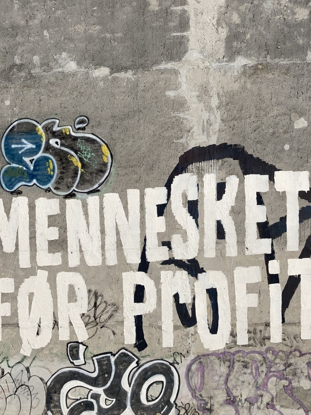 """""""MENNESKET FØR PROFIT"""",  """"PEOPLE BEFORE PROFIT"""" – Amazon in the headlines today, so this is for them."""